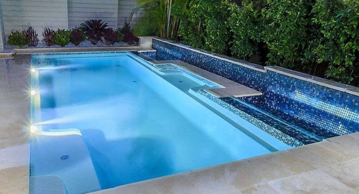 Concrete Pools Versus Fibreglass Pools