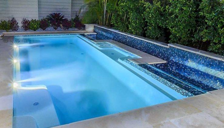 Concrete Pools Versus Fibreglass Pools